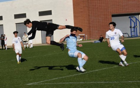 CdM Boys Varsity Soccer Against Los Alamitos